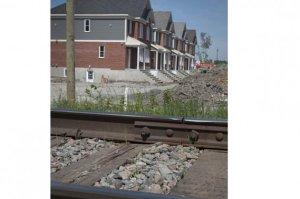 Construction de résidences à proximité d'une des futures gares du Train de l'Est