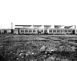 Vue extérieur des ateliers d'Youville durant l'âge d'or du tramway de Montréal (fin XIXe et début XXe siècle)
