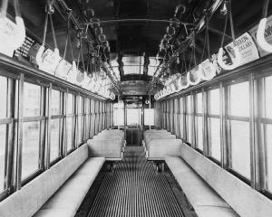 Intérieur d'un tramway de Montréal au XIXe et XXe siècles