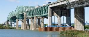 L'actuel Pont Champlain, construit dans les années 1960