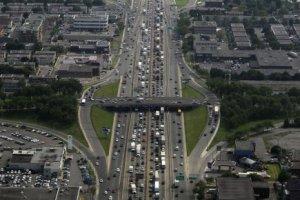 L'autoroute Métropolitaine (A-40) vue d'avion