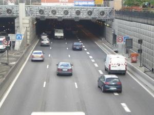 Vue du portail sud du tunnel du Landy construit à Saint-Denis dans les années 1990