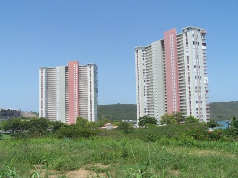 Condominio Dos Marinas (Fajardo, PR)